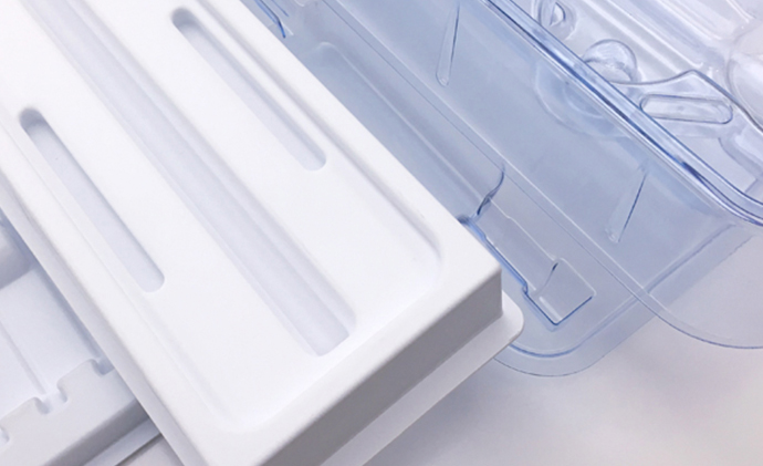 Medical Trays and Tubs