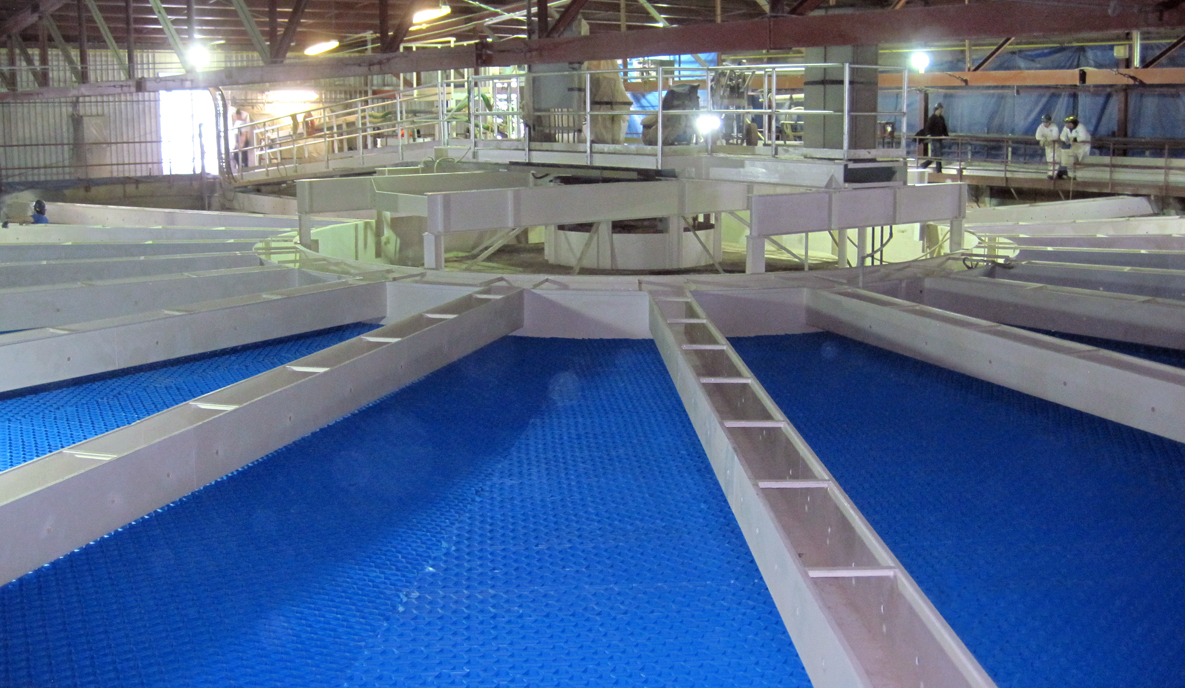 Blue Tube Settlers in Circular Clarifier