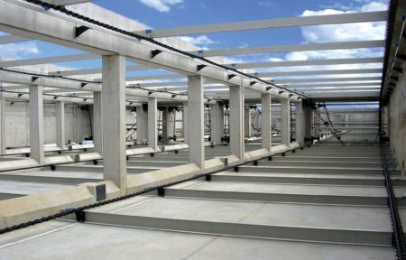 Polychem wastewater chain and flight collector system